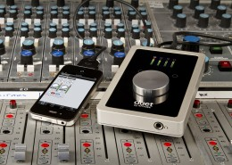Apogee Duet records with iPhone