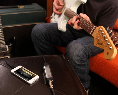 JAM-96k-white-iPhone-strat-guitar-player